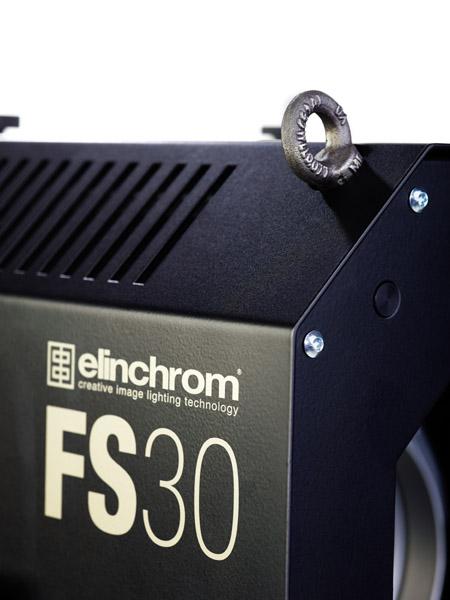 Elinchrom Fresnel Spot FS 30, inkl. ProTec Trolley Rollkoffer
