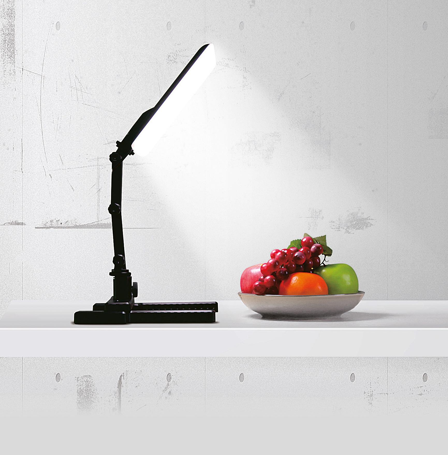 KAISER Desktop-Leuchte LED, 5600K, Leuchtfläche 14x20cm