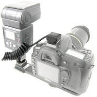 Spiral-Blitzkabel für Canon E-TTL II (mit Blitzfuß zur Montage auf Blitzschienen)